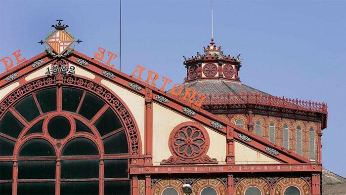 El emblemático Mercado de Sant Antoni de Barcelona ha abierto de nuevo sus puertas tras 9 años de rehabilitación 6