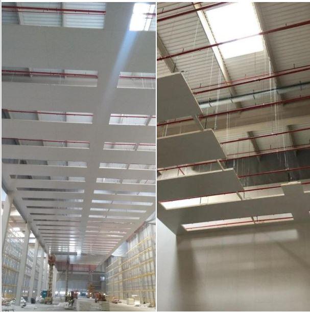 Sistema oculto de suspensión de paneles de techo. 1
