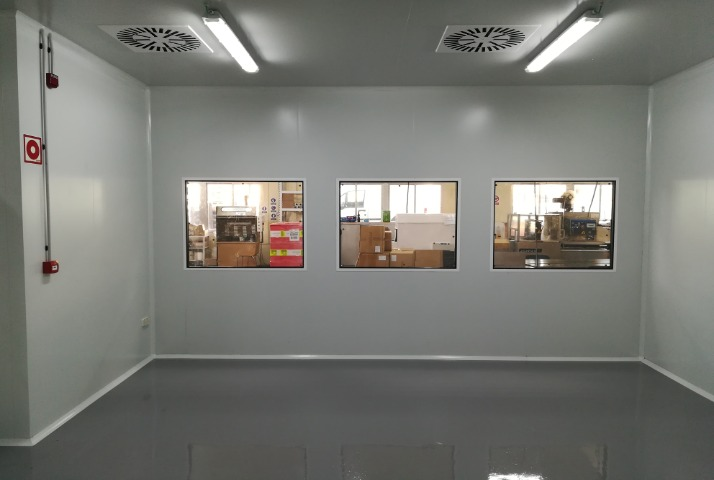Sala Blanca 8